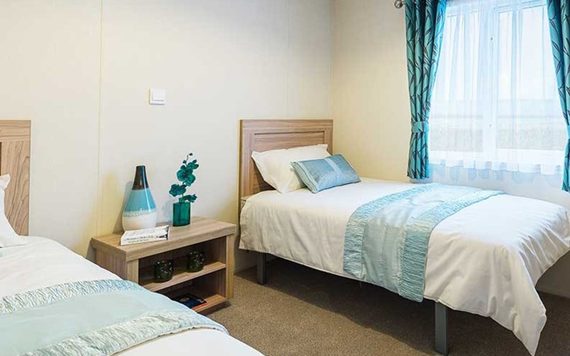 Superior Lodge Twin Bedroom Bude Holiday Resort