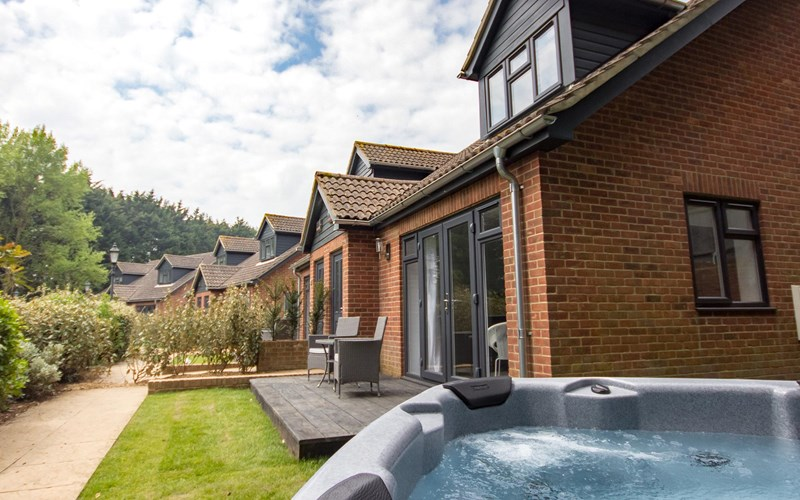 Premium Cottage External Hot Tub The Lakes Rookley